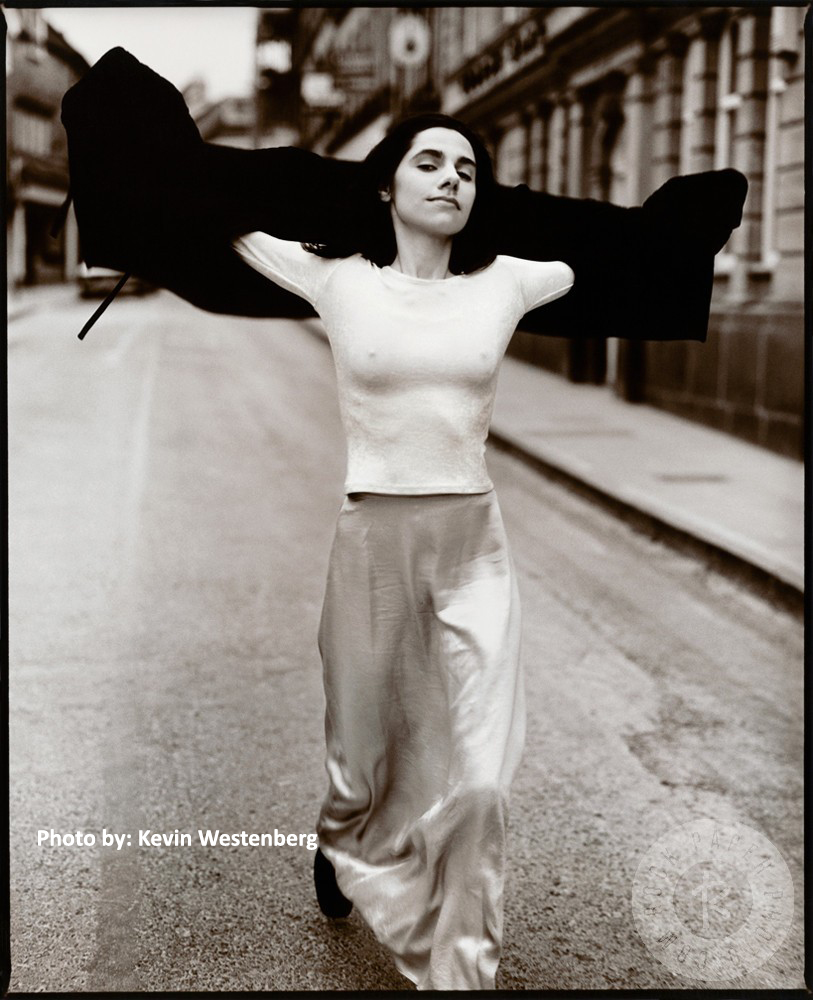 Pj Harvey, naranča blog