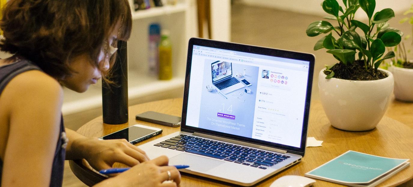 naranča, naranča blog, besplatno online obrazovanje, učiti na internetu, online tečajevi, besplatno, besplatni tečajevi, digitalni marketing, najbolja svjetska sveučilišta, online, moz, edx